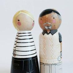 CUSTOM 3 1/2 Grandma and Grandpa peg couple // by PegandPlum