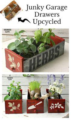 Junky Garage Drawers/Bins Get A Garden Makeover - Alles für den Garten Garden Junk, Garden Whimsy, Herbs Garden, Garage, Indoor Plant Pots, Garden Makeover, Sign Stencils, Garden Projects, Diy Projects