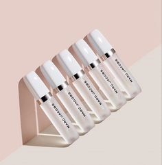 Shop Marc Jacobs' Re(cover) Hydrating Coconut Lip Oil at Sephora. This ultra-nurturing lip oil, with five forms of coconut and vitamin E, provides instant and all-day hydration. Lip Gloss, Lip Makeup, Beauty Makeup, Expensive Makeup, Makeup Package, Lip Oil, Makeup Essentials, Glossy Lips, Makeup Brands