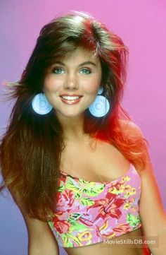 tiffani thiessen saved by the bell hairstyles | Copyright by respective production studio and/or distributor.Intended ...