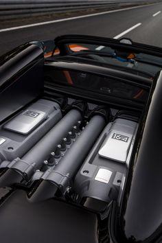 Bugatti Veyron Grand Sport Vitesse Hits 254 MPH--With Top Down