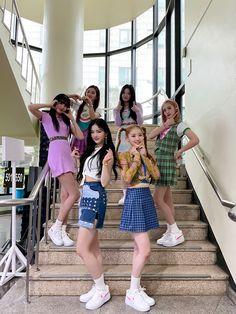 Kpop Girl Groups, Korean Girl Groups, Kpop Girls, My Girl, Cool Girl, Its Goin Down, Fandom, Album Songs, Girl Face