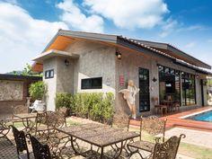 แบบบ้านสไตล์รีสอร์ตสไตล์ โมเดิร์น ลอฟท์ ใจกลางเขาใหญ่ ใกล้ชิดธรรมชาติ Cat Apartment, Rest House, Loft Style, Country Living, Interior And Exterior, Patio, Architecture, Outdoor Decor, Home Decor
