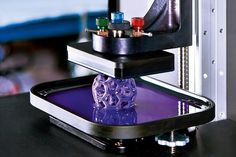 With This Printer, Objects Emerge From a Plastic Soup. The printer magically pulls complex shapes out of a dish of plastic goop. It creates objects in minutes that can take hours on a MakerBot. 3d Printing Business, 3d Printing News, 3d Printing Technology, 3d Printing Service, Printing Process, Printing Websites, Types Of 3d Printers, Printer Types, Impression 3d