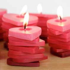 These stacked ombre heart candles. 28 DIY Candles That Will Help You Brave The Cold Unique Candles, Beautiful Candles, Best Candles, Diy Candles, Scented Candles, Beeswax Candles, Design Candles, Candle Lanterns, Candle Jars