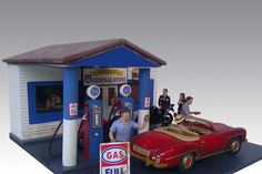 1:18 American Diorama Lighted Gas Station
