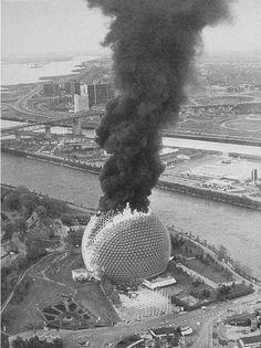 Buckminster Fuller | The USA pavilion burning | 1976