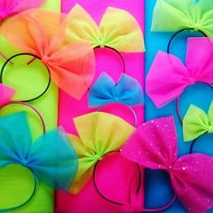 Lots of 80s hair bows being dispatched today! #neon #Madonna #80s #1980s…