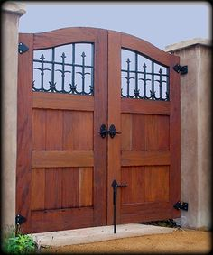 Handmade Exterior Wood Gates by Adney & Sons Fine Woodworking… Wooden Gate Designs, Wooden Gates, Front Gates, Entrance Gates, Tor Design, House Design, Garden Design, Backyard Gates, Custom Gates