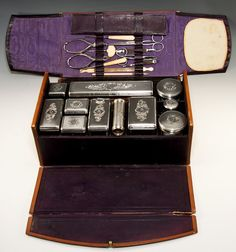 Superb Antique French Sterling Silver Vanity Case, 11 Silver, + 20 Items