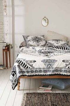 Amazing Black And White Tribal Bedding Grey Bohemian 4040 Locust Quilla Duvet Cover Urban Outfitter Rug Print Tattoo Wallpaper Art Pillow Curtain Photography Farmhouse Style Bedrooms, Farmhouse Bedroom Decor, Tribal Bedding, Bohemian Bedding, Rustic Bedding, Chic Bedding, Duvet Covers Urban Outfitters, Home And Deco, My New Room