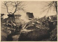 WW1. A Frontline trench at Maucourt, Somme 1914. - Archives Lyon