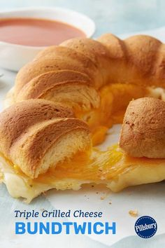 Three different types of cheese—Cheddar, mozzarella and pepper Jack—combine in this crescent Bundtwich to make the tastiest twist on grilled cheese you'll ever try. The crescent dough gets dressed up with butter and garlic powder for extra mouthwatering flavor. Kids will give it the thumbs up, and parents will, too! Types Of Sandwiches, Party Sandwiches, Wrap Sandwiches, Crescent Roll Ring Recipes, Crescent Roll Dough, Wrap Recipes, Party Recipes, Best Sandwich Recipes, Pillsbury Dough