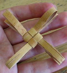 Posts about Tuohityöt written by kukurtaja Paper Crafts, Diy Crafts, Birch Bark, Basket Weaving, Twine, Projects To Try, Posts, Baskets, Craft Ideas