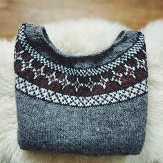 The yoke of my latest Gunnar's daughter sweater, something about folding up sweaters we still have some knits available in our Etsy shop and will have a couple more this weekend! #knittersofinstagram #handknit