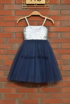 Hey, I found this really awesome Etsy listing at https://www.etsy.com/listing/233936579/silver-sequin-navy-blue-tulle-flower