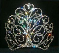 that is one cute big crown.