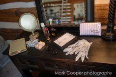 Turntable, Music Instruments, Weddings, Room, Photography, Bedroom, Fotografie, Musical Instruments, Mariage