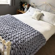 This medium Merino wool chunky knit blanket fits perfectly over a double bed! This light grey has a slight blue tinge in certain lights making this a beautiful and calming colour 💗 Grey Throw Blanket, Snuggle Blanket, Sofa Blanket, Chunky Blanket, Knitted Blankets, Merino Wool Blanket, Purple Bedrooms, Down Comforter, Weighted Blanket