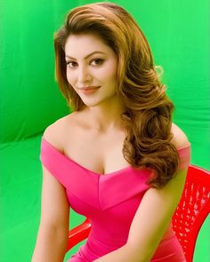 Pretty Of Bollywood Fashion - Girl Celebrities Bollywood Girls, Bollywood Actress Hot, Beautiful Bollywood Actress, Bollywood Celebrities, Bollywood Fashion, Bollywood Images, Girl Celebrities, Bollywood Style, Beautiful Girl Indian