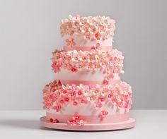 Pink Hydrangea Wedding Cake, AK Cake Design; Photo: Altura Studio