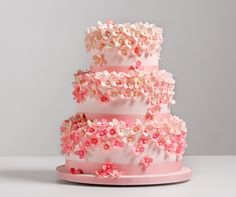 Pink Hydrangea Wedding Cake, AK Cake Design; Photo: Altura Studio