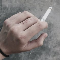Cigarette Andrew minyard