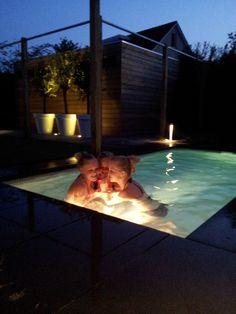 Klein zwembad met strakke uitstraling minipool pinterest met - Outdoor decoratie zwembad ...