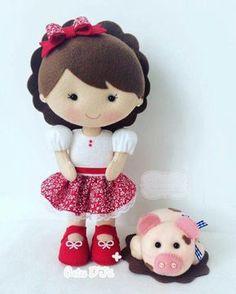 pet pig food -- Click VISIT link above for more info Felt Doll Patterns, Felt Animal Patterns, Fabric Dolls, Paper Dolls, Felt Crafts Dolls, Felt Diy, Soft Dolls, Diy Doll, Handmade Toys