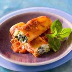 Découvrez la recette Cannellonis aux poireaux et à la ricotta sur cuisineactuelle.fr.