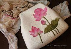 """Ридикюль """"Небесные лотосы"""" (коллекция """"Тепло цветов& - лотосы,розовый"""