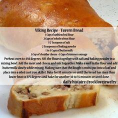Viking tavern bread - sausage and cheese! Medieval Recipes, Ancient Recipes, Viking Food, Nordic Recipe, Norwegian Food, Norwegian Recipes, Scandinavian Food, Good Food, Yummy Food