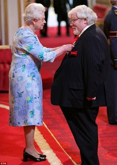 The Queen presented Richard Griffiths with an OBE for services to drama in 2008. [If you haven't seen Pie in the Sky, a series starring Griffiths as a chef, watch it on Acorn TV. It is glorious!]