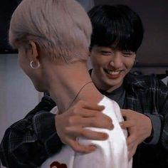 ❝You're the only one who could save him from his death, Jimin. Foto Jimin, Jimin Jungkook, Namjoon, Taehyung, Seokjin, Hoseok, Jikook, Mochi, Fanfiction