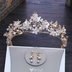 Amazing / Unique Butterfly Flower Gold Tiara 2018 Metal Pearl Rhinestone Earrings Bridal Jewelry Accessories - August 31 2019 at Bridal Jewelry Sets, Bridal Accessories, Wedding Jewelry, Jewelry Accessories, Bridal Jewellery, Cute Jewelry, Hair Jewelry, Fashion Jewelry, Gold Jewelry