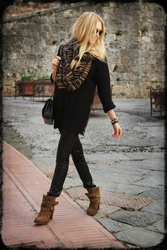 casual chic, leather pants, suede, black outfit, autumn clothing