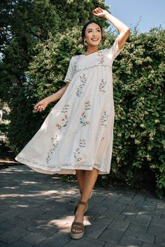 Shop summer new arrivals! Ships from the US! Free and easy shipping! Modest Dresses, Cute Dresses, Casual Dresses, Casual Outfits, Retro Outfits, Cute Outfits, Mode Chic, Spring Summer Fashion, Dress To Impress