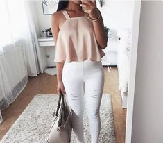 Best Fall outfits ideas for Fashion outfits Fashion Mode, Teen Fashion Outfits, Outfits For Teens, Girl Fashion, Fashion Styles, Ootd Fashion, Teenager Outfits, College Outfits, School Outfits
