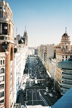 La Gran Via, Madrid / photographed by Quentin de Briey Malaga, Oh The Places You'll Go, Places To Visit, Rome, Skyline, Spain And Portugal, Jolie Photo, Spain Travel, Adventure Is Out There