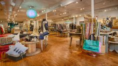 The Green Goddess Boutique | Chicago | Armitage Ave.