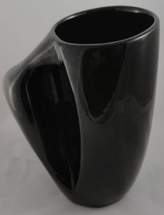 Gaetan Beaudin Poterie Decor Pottery Rimouski Quebec Biomorphic Mug 1946-53