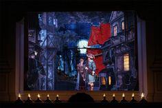 """Richard Wagner: Der fliegende Holländer. Das Foto zeigt die Szene im dritten Akt, in der Erik versucht, Senta für sich zurückzugewinnen: """"Willst jenes Tags dich nicht mehr entsinnen, als du zu dir mich riefest in das Tal?"""""""