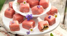 Punschkrapferl Pudding, Baking, Desserts, Joy, Biscuit, Simple, Biscuits, Cooking, Tailgate Desserts