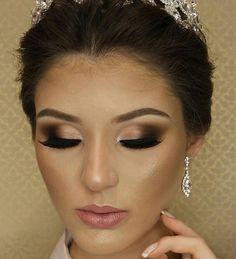 @rubiaberto  _____________________________________  #makeup #anastasiabeverlyhills #maquiagemx #eyeshadow #hudabeauty #inglot #instamakeup #loucaspormaquiagem #lehpequenomakeup #mua #revlon #maquiagem #maquiagembrasil #maquiagembrasill #makeupartist #makeupaddict #makeupartistsbrasil #makeupartistsworldwide #mac #maccosmetics #marykay #nyx #pausaparafeminices #universodamaquiagem_oficial #urbandecay #vegas_nay #smokeyeye #smokeyeyes #bridalmakeup #queroessamaquiagem