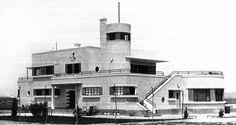 Edificio principal del aeropuerto de Barajas poco después de su inauguración (abril de 1931).