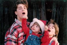 Joey-Lawrence_Joey-with-his-brothers_Donna-Lawrence_002-1.jpg photo by rdmane