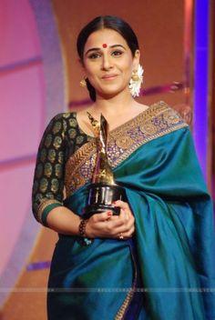 vidya-balan-wins-best-actress-award-at-6th-apsara-awards
