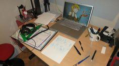 La mesa de trabajo de dapz.  Dapz's drawing board.