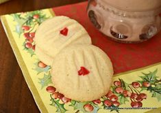 These melt-in-your-mouth gluten-free melting moments cookies have a tender crumb and delicate butter and almond flavor. Gluten Free Deserts, Gluten Free Cookies, Gluten Free Baking, Yummy Cookies, Bistro Kitchen, Bistro Food, Melting Moments Cookies, Rich Recipe, Cookie Crumbs