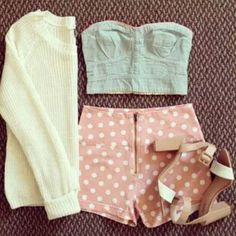 """""""Outfit sencillo pero muy adorable, lo usarías? ♡ #outfit"""""""